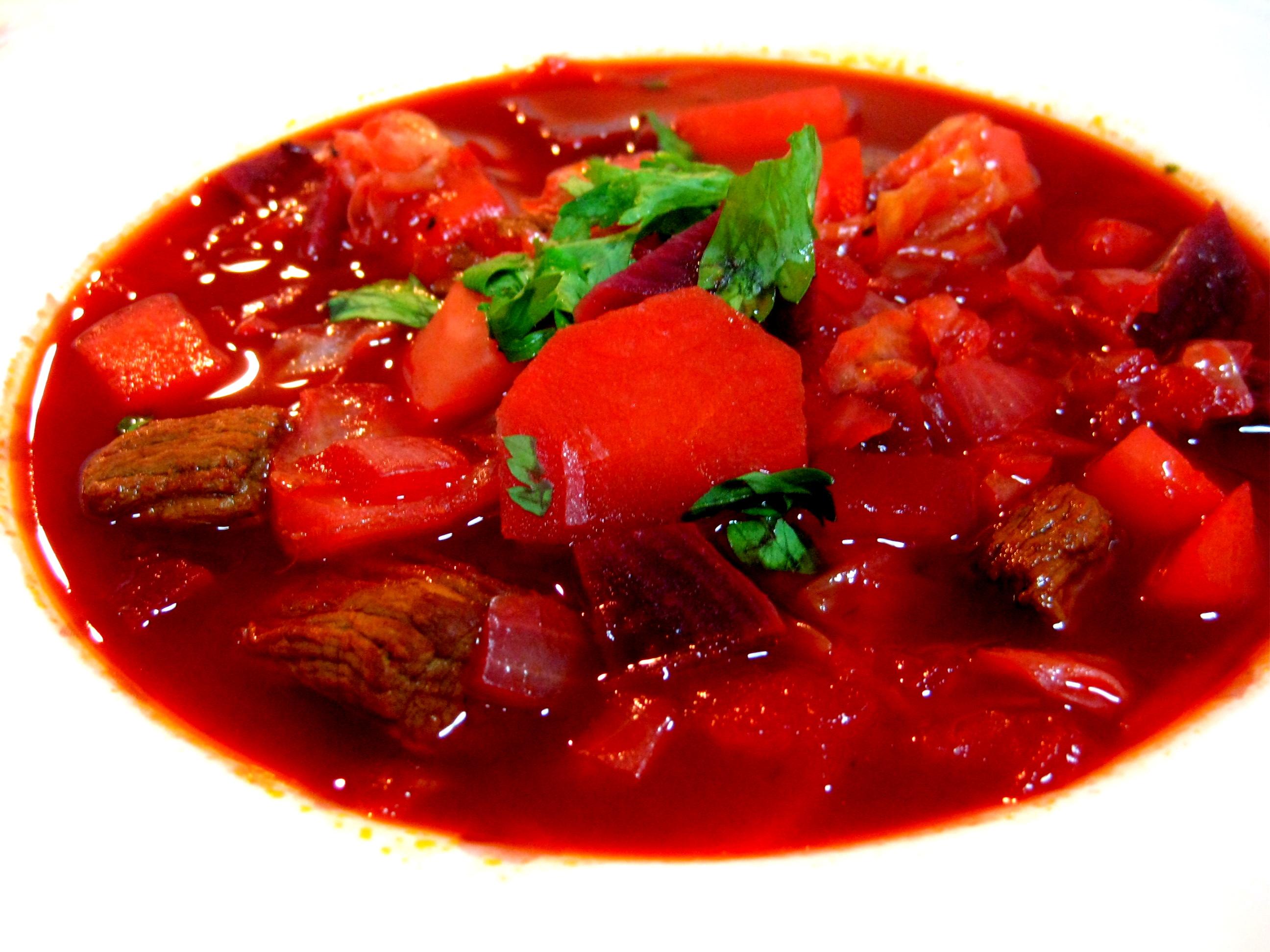 Ukrainian Borscht (罗宋汤) | Kelly Siew Cooks