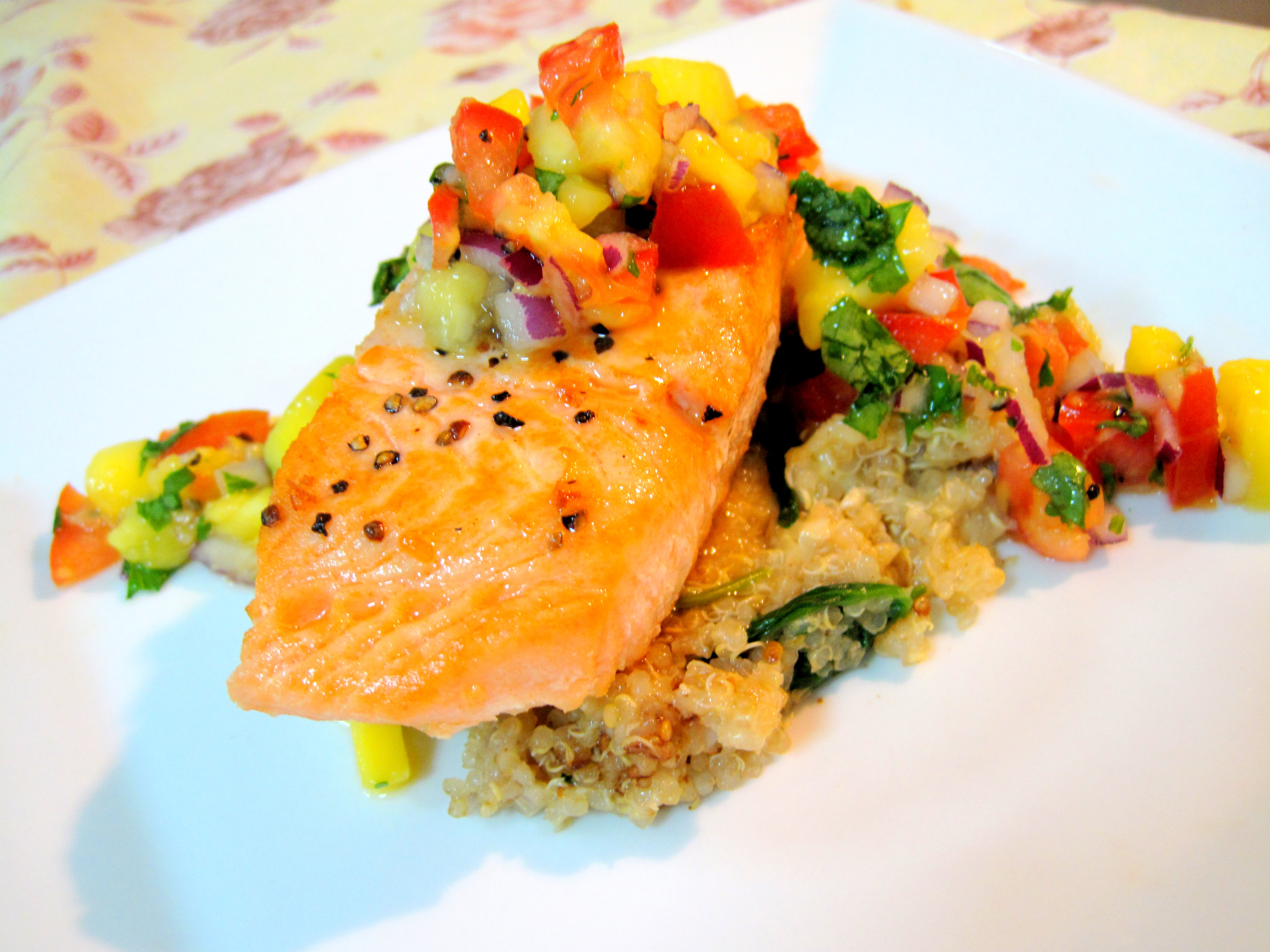 Pan Fried Salmon, Spinach Quinoa, and Mango Salsa – Kelly Siew Cooks