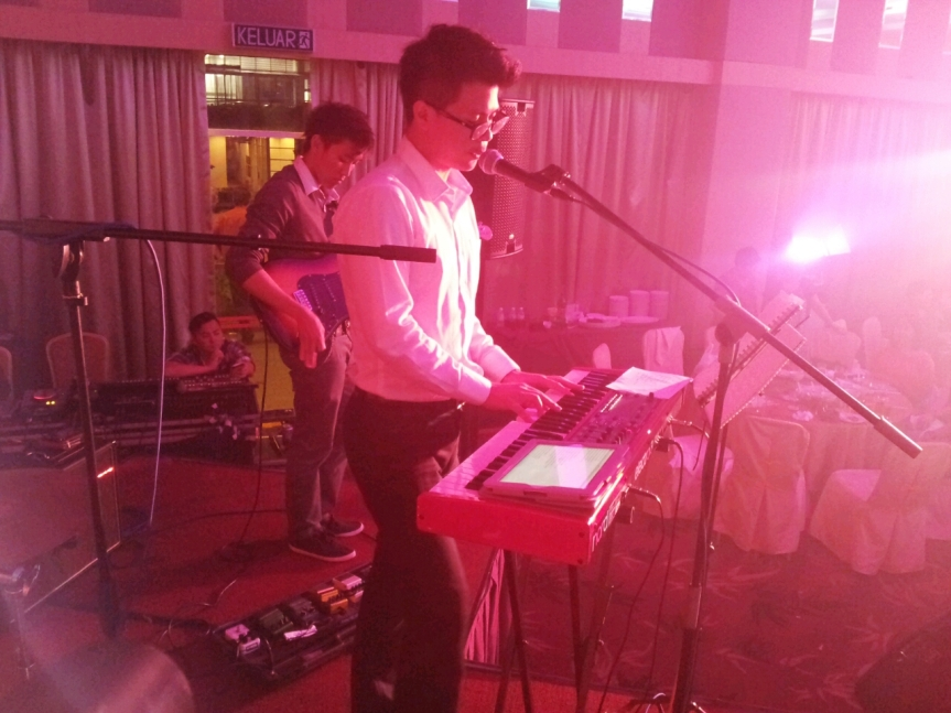 Our very own Keyboardist Clinton crooning Justin Timberlake's latest hit.