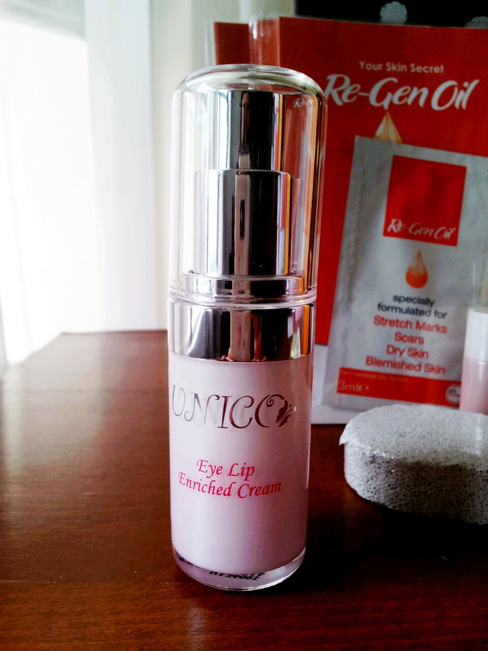 UNICO Eye Lip Enriched Cream