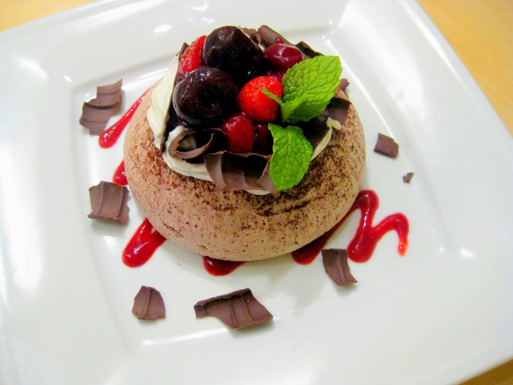 Fruits of the Forest Chocolate Pavlova RM 18