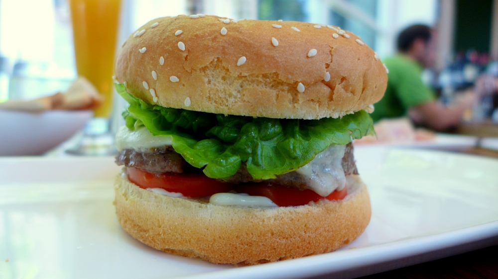 Pork burger with Tomato and Mozarella